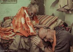 170 Year Old Hanuman Das Baba: A Living Saint of Vrindavan Indian Saints, Saints Of India, Om Namah Shivaya, Kali Picture, Neem Karoli Baba, Original Iphone Wallpaper, Shiva Hindu, Shri Hanuman, Cute Krishna