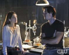 """BEAUTY AND THE BEAST. """"Pilot"""" Pictured (L-R): Kristin Kreuk as Catherine Chandler and Jay Ryan as Vincent Photo: Ben Mark Holzberg/The CW. Image Number: BB100c_0074b.jpg.  2012 The CW Network, LLC. All rights reserved."""