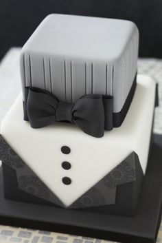 #CakeDecorating Dapper #Cake for the Grooms! #Issue31