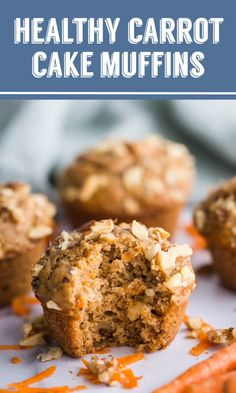 Healthy Carrot Cake Muffins- a SUPER simple vegan breakfast that you'll find yourself making over an Healthy Carrot Cakes, Healthy Muffin Recipes, Healthy Deserts, Carrot Recipes, Healthy Sweets, Healthy Breakfast Recipes, Healthy Baking, Pumpkin Recipes, Vegan Desserts