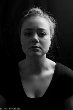 #portrait #bw #nikon @tesluijben  #model #studio #d5000 #dutch
