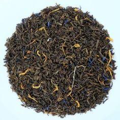 Thé vert Goût Russe bio Mélange de thé vert Chun Mee, d'huile essentielle de citron, citron-vert et bergamote. Il offre une tasse verte avec des notes fruitées et délicates. Il est idéal tout au long de la journée et même en soirée.  Préparation : 3 cuillères à café pour 1l d'eau chaude  Temps d'infusion : de 2 à 3 minutes
