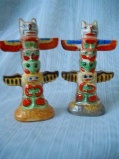 Totem Pole Salt and Pepper Shakers - vintage, collectible, Japan by DEWshophere on Etsy Salt Pepper Shakers, Salt And Pepper, Indian Ceramics, Cork Stoppers, Japan, Collection, Vintage, Color, Etsy