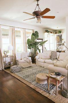 Boho Chic Living Room, Cozy Living Rooms, New Living Room, White Living Room Paint, Cool Living Room Ideas, Decorating Ideas For The Home Living Room, Modern Living Room Decor, Fresh Living Room, Living Room Setup