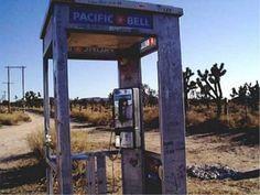 cabovolo: Una cabina en medio del desierto