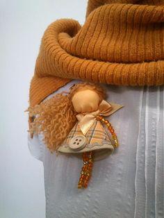maramanufaktura / brošňa mini MARA /oranžová/