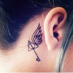 Searching for some cool Harry Potter tattoos? With our magical designs, Harry Potter will forever live in your heart. Hp Tattoo, Back Tattoo, Tattoo You, Nerdy Tattoos, Body Art Tattoos, Small Tattoos, Tatoos, Avengers Tattoo, Marvel Tattoos