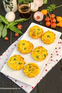 BRIOSE OMLETA | Diva in bucatarie Quick Meals, Starters, Food And Drink, Eggs, Breakfast, Home, Fast Meals, Morning Coffee, Egg