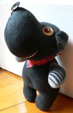 Sára kívánsága a fekete kutyus volt- a Tiétek pedig egy lépésről lépésre útmutató. Igyekeztem sokat fényképezni, hamarosan szöveget is írok...
