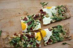 Bacon Egg, Asparagus and Arugula Breakfast Pizza