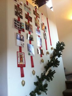 Blonde Strands: Christmas Card Display