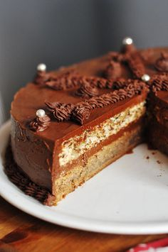 Theodora Torte (scroll down for translated recipe.The cake is rich and sumptuous, with an intensive walnut-mocha aroma. Torte Recepti, Kolaci I Torte, Tart Recipes, Sweet Recipes, Dessert Recipes, Cake Cookies, Cupcake Cakes, Serbian Recipes, Serbian Food