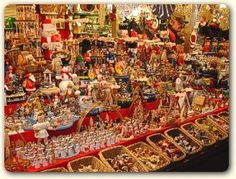 Christkindlmarkt am Marienplatz in München - The Munich Christmas Market. Filled with real live nativity scenes. Over 2500 lit candles to create that special Christmas feeling. Only in Munich does Christmas made you fell young all over. Just smell the hot spiced wine or notice the glistening angel's hair that will remind you of the years gone by during this holiday season.