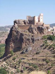 Castillo de Chirel. Cofrentes (Valencia)                                                                                                                                                                                 Más