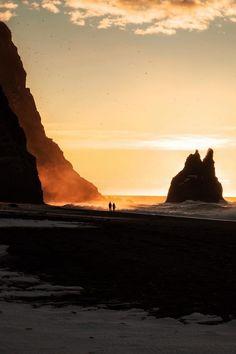 Sunrise at Reynisfjara (Iceland)