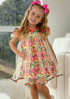 Baby Frocks Designs, Kids Frocks Design, Baby Girl Dress Patterns, Dress Sewing Patterns, Frocks For Girls, Little Girl Dresses, Cute Outfits For Kids, Kids Fashion, Children
