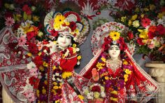To view KIshore Kishori Close Up Wallpaper of ISKCON Chicago in difference sizes visit - http://harekrishnawallpapers.com/sri-sri-kishore-kishori-close-up-iskcon-chicago-wallpaper-008/