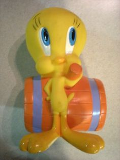 Tweety Bird Vintage Coin Bank By Warner Bros. Applause