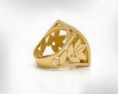 ¿Te gustó una joyería con presencia y diseño único? Bueno este es el anillo para usted.  ¿Buscando un regalo de cumpleaños? Este es el regalo perfecto para los cumpleaños de enero, hermoso anillo con piedra granate. Se trata de declaración y el anillo impresionante con un montón de elogios para usted.  * Las piedras granates pueden cambiarse a cualquiera de sus piedras favoritas, o la piedra, por favor Pregúnteme.  Características: • Hecho a mano • 22k oro plata-níquel libre • Granate…