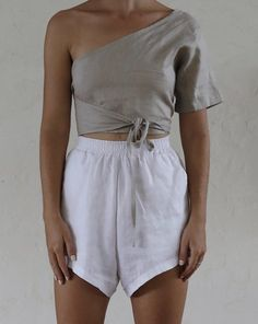 Bahhgoose signature rose short details linen elastic high waist drop crotch side pockets model wears size s in white linen Diy Clothes, Clothes For Women, Neutral Outfit, Linen Shorts, Fashion Line, Pretty Outfits, Shirt Outfit, Shirt Style, White Shorts