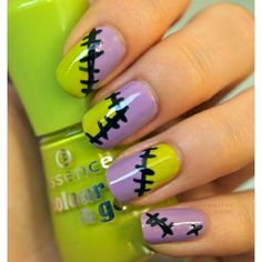 Hey there, I just love these awesome nail designs for Halloween , I couldn't control myself by not sharing these trendy nails and latest nails . Halloween Nail Designs, Halloween Nail Art, Cool Nail Designs, Halloween Ideas, Scary Halloween, Fall Halloween, Halloween Party, Seasonal Nails, Holiday Nails