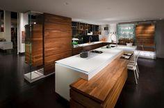 Interieur design cuisine bois plan de travail brillant
