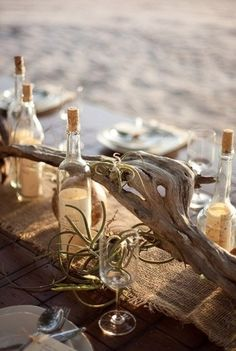 Love the air plants! So natural and simple. Messages in bottles also a cute idea!