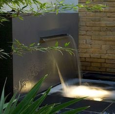 Modern Fountain Design: Mesmerizing Ideas to Beautify Your Backyard Modern Water Feature, Outdoor Water Features, Water Features In The Garden, Modern Fountain, Fountain Design, Fountain Ideas, Garden Waterfall, Mini Waterfall, Waterfall Design