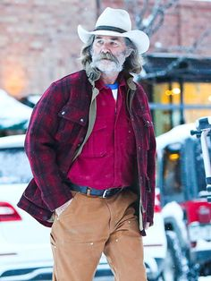 Kurt Russel in a Kemo Sabe Grit Hat! Kurt Russell, Hollywood Cinema, Star Track, Cowboys And Indians, Costume Hats, Aging Gracefully, Celebs, Celebrities, Classic Movies