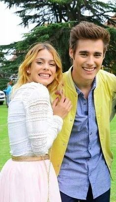 Velo and Leon ❤️ Disney Channel, Agent Kc, Nate Gossip Girl, Violetta Live, Old Disney, Sofia Carson, Disney Shows, Celebs, Celebrities