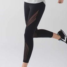 Lululemon High Times Metta Lululemon High Times Metta. Black. Size 4. Worn once. Like new condition. lululemon athletica Pants Leggings