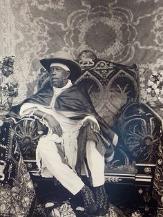 History Discover King African Culture African American History History Of Ethiopia Ethiopia Travel Black King And Queen All About Africa Jah Rastafari Black Royalty Haile Selassie African Culture, African American History, Rastafari Art, History Of Ethiopia, Ethiopia Travel, Ethiopian People, All About Africa, Black King And Queen, Black Royalty