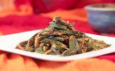 Pyaz Wali Bhindi Recipe (Okra Onion Stir Fry)