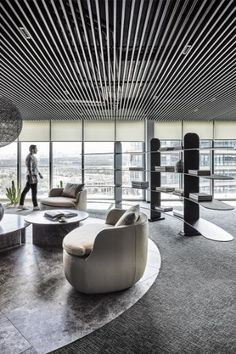ESCAPEFROMSOFA was engaged by asphalt contracting company, Onur Group, to design their offices located in Ankara, Turkey. This 1000 square meter office Corporate Interior Design, Modern Office Design, Corporate Interiors, Workplace Design, Top Interior Designers, Interior Design Services, Office Interiors, Modern Interior Design, Corporate Offices