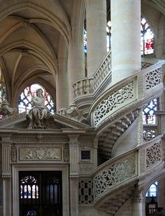Spiral Staircase, Saint-Étienne-du-Mont, Paris, France  photo via aimee - great railing!!!