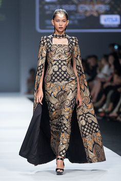 JFW 2015 # Iwan Tirta Private Collection – The Actual Style