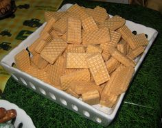 Haystacks for John Deere Party! Some people are so creative!! :)