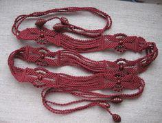 Купить Пояс плетеный бордовый с бусинами в интернет магазине на Ярмарке Мастеров