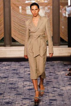 Gabriela Hearst Spring 2018 Ready-to-Wear  Fashion Show Collection