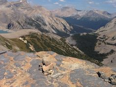 Bow Hut Canadian Rockies- 360 mountain view from up here