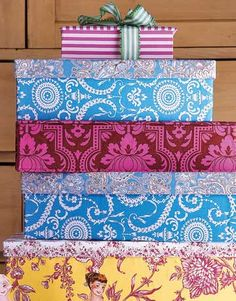 I spy @sisboom fabrics!! Fabric covered boxes. @CountryLiving