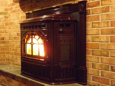 Allentown Pellet Stove Insert - don't you just love the warmth of a pellet stove? Wood Fireplace, Fireplace Inserts, Pellet Stove Inserts, Wood Pellet Stoves, Wood Pellets, Furniture Decor, Home Decor, Stoves, Decoration Home
