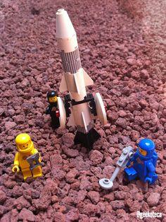 Día de los Vuelos Espaciales | Geekoteca Labs | Lego