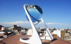 Si les panneaux solaires sont à la mode, force est de constater qu'ils ne sont pas si efficients que cela, et encore moins agréables à la vue. Bien cachés sur un toit, à la limite… Et si l'avenir de cette technologie passait par des équipements bien plus...