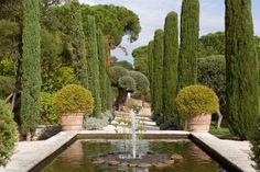 Villa Marie, St Tropez // Jardin à l'italienne - Italian-style garden (by Hendrik Biegs) http://en.villamarie.fr/