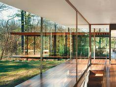 Kengo Kuma / Wood and glass house, New Canaan, Connecticut USA photo:Scott Frances photography