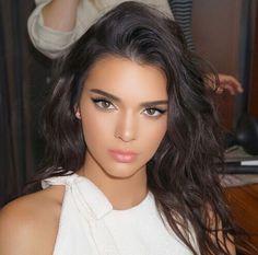 Kendall Jenner's makeup.
