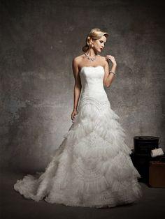 Schulterfreies Spitzen sank Taille Brautkleid mit Organza Asymetrical Rüsche Rock $268.99 Hochzeitskleider