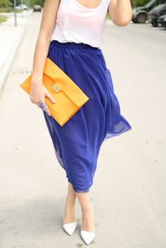 love this! i just bought a zara skirt this color and length in paris, now i just need an oversized yellow clutch!