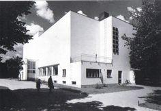 Alvar Aalto: Municipal Library, 1927-35, Viipuri, Russia